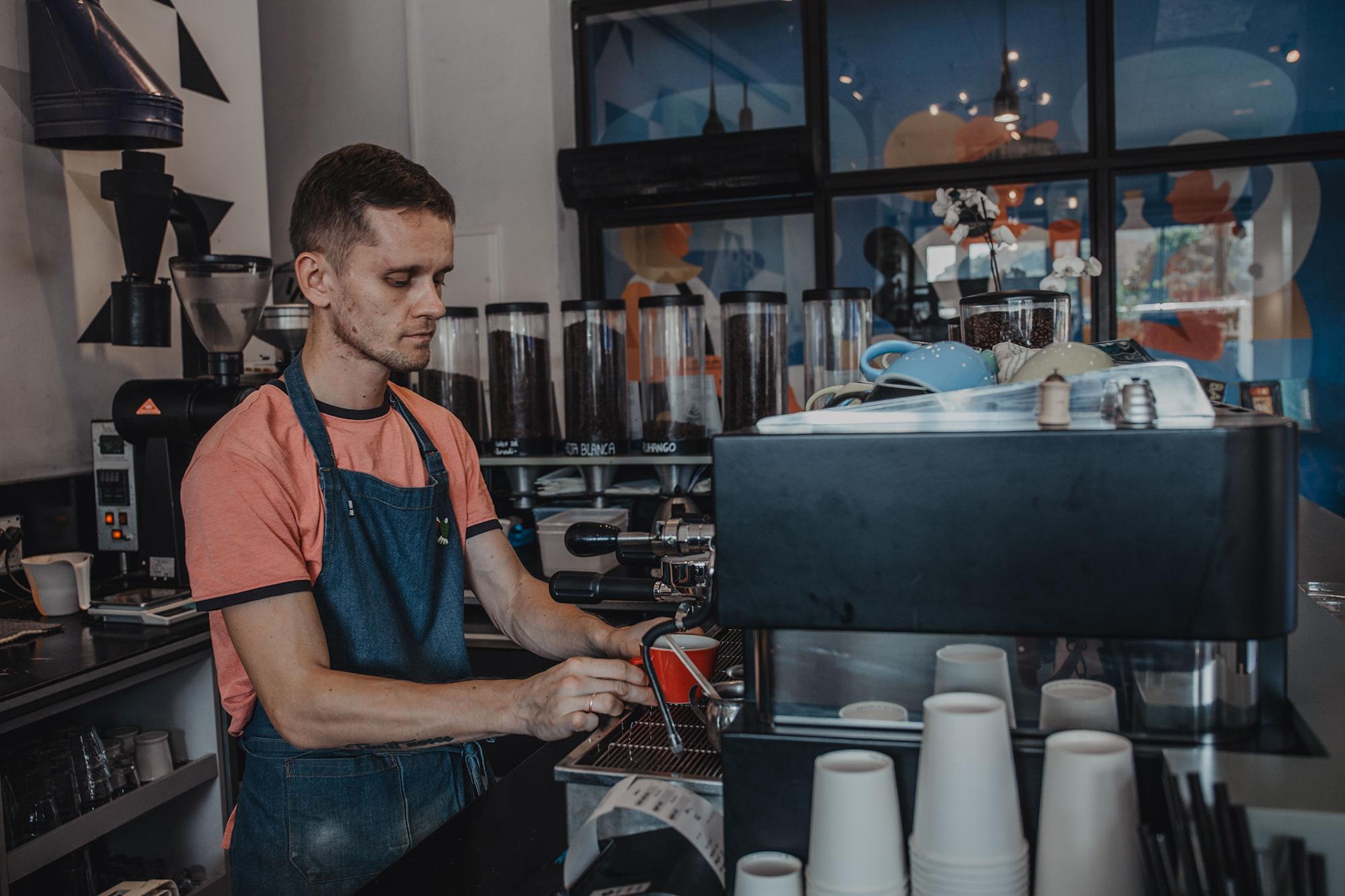 nahat specialty coffee roastery tel aviv