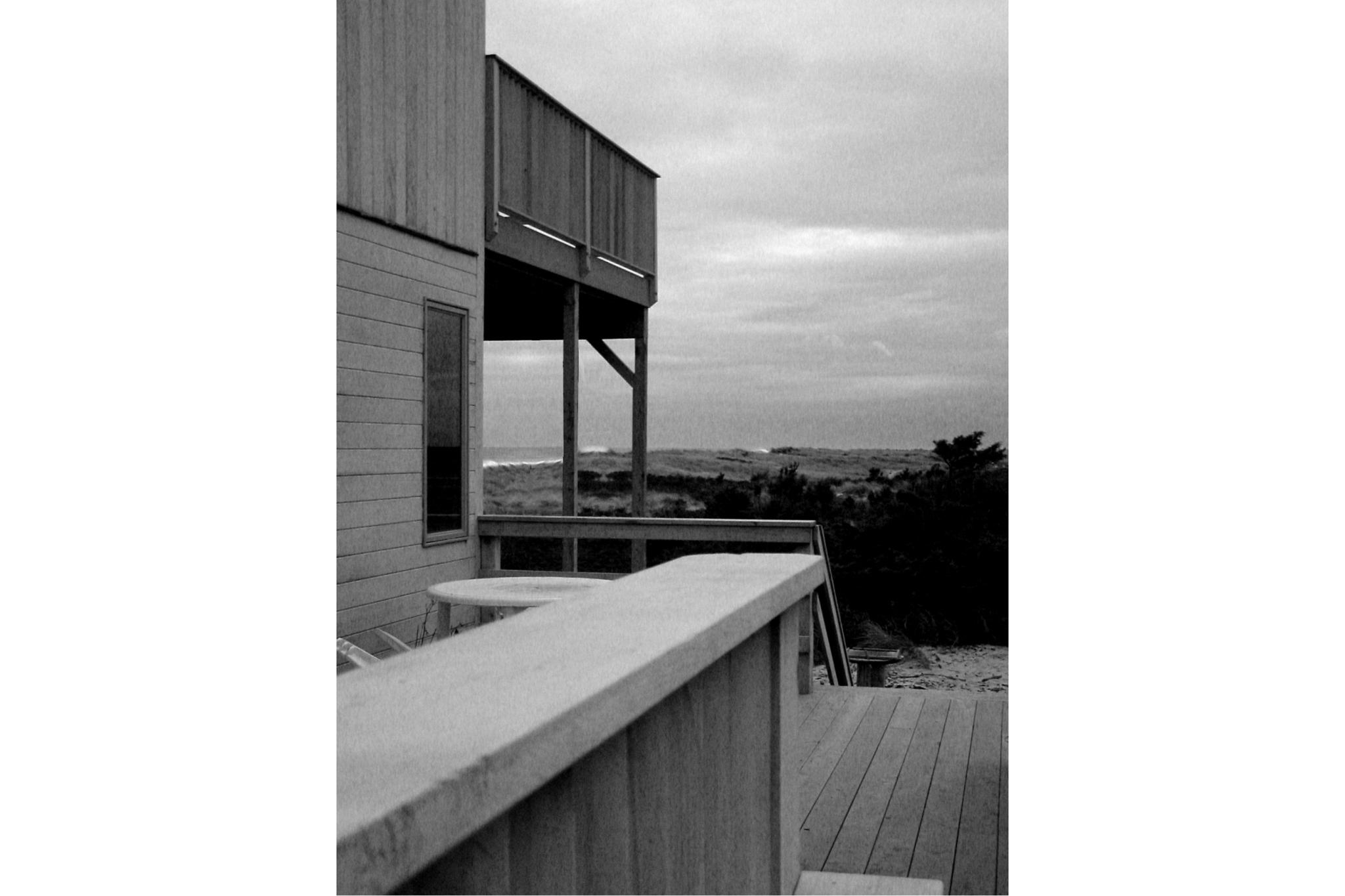 03 - Side View (B&W).jpg