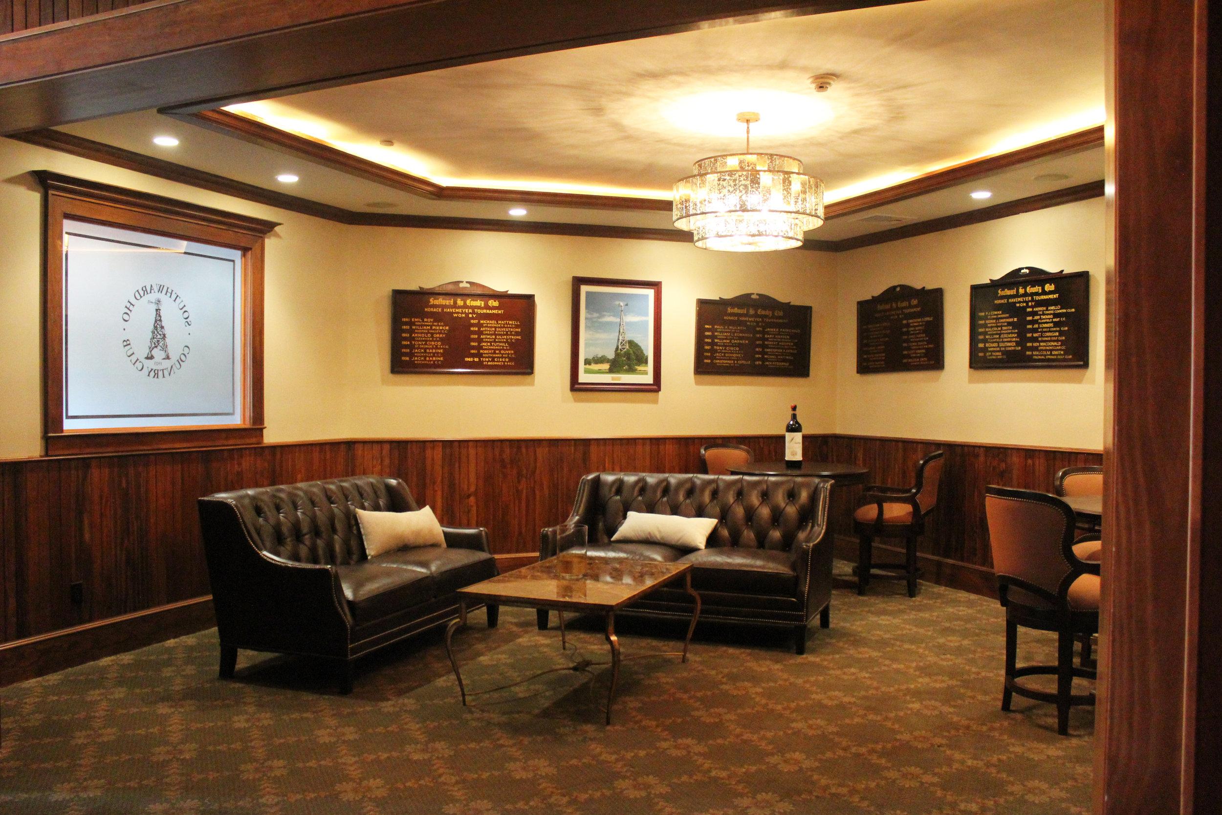 05 Interior - Sitting Room.JPG