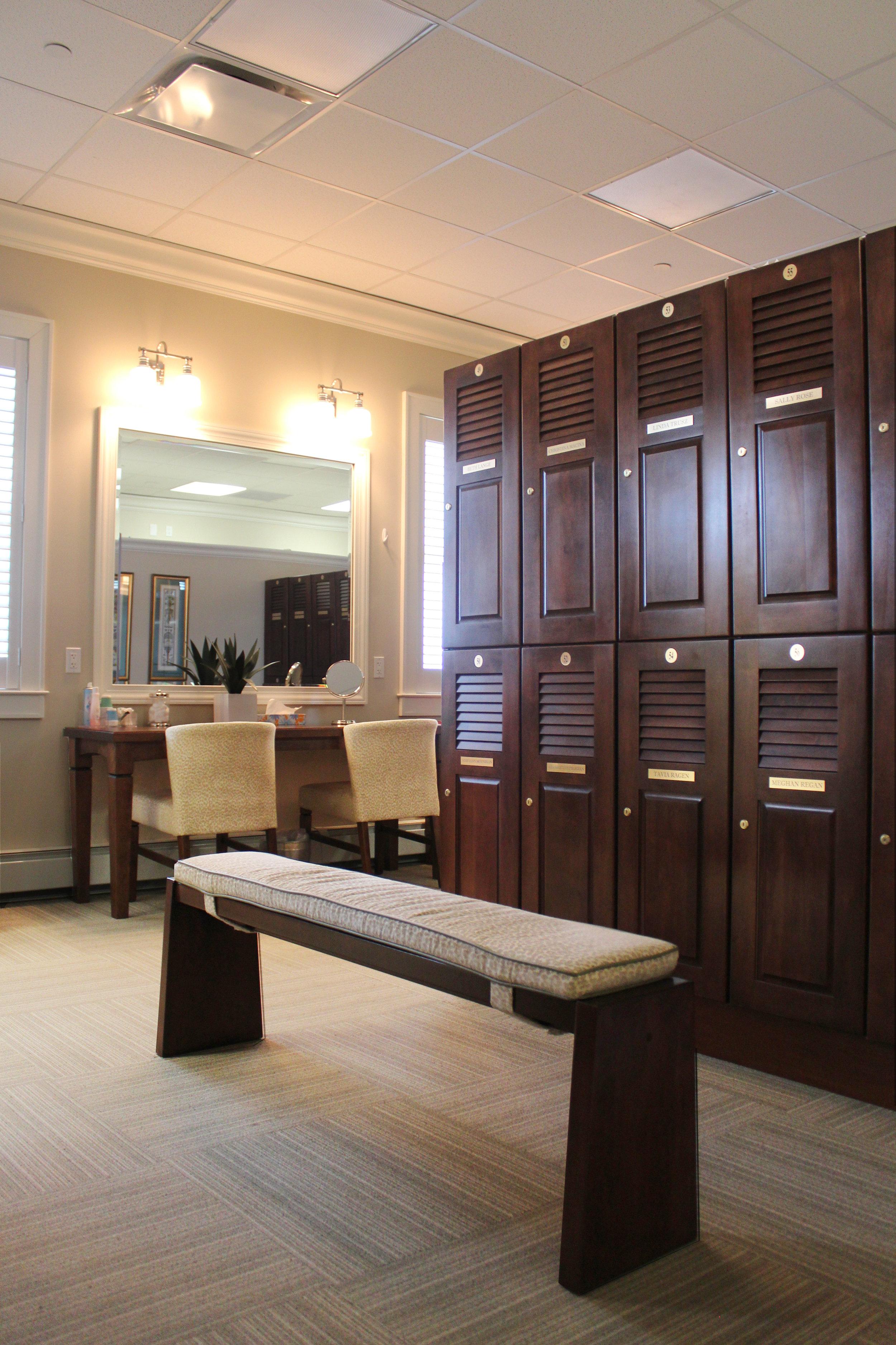 07 Interior - Locker Room.jpg
