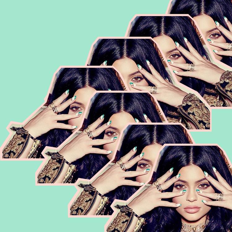 Kylie+Jenner_Square.jpg