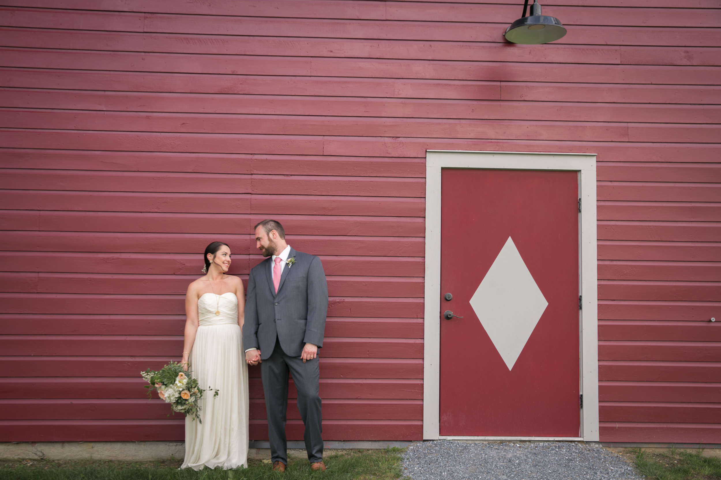 KELSEY & CHRIS - THE MANSFIELD BARN: JERICHO, VT
