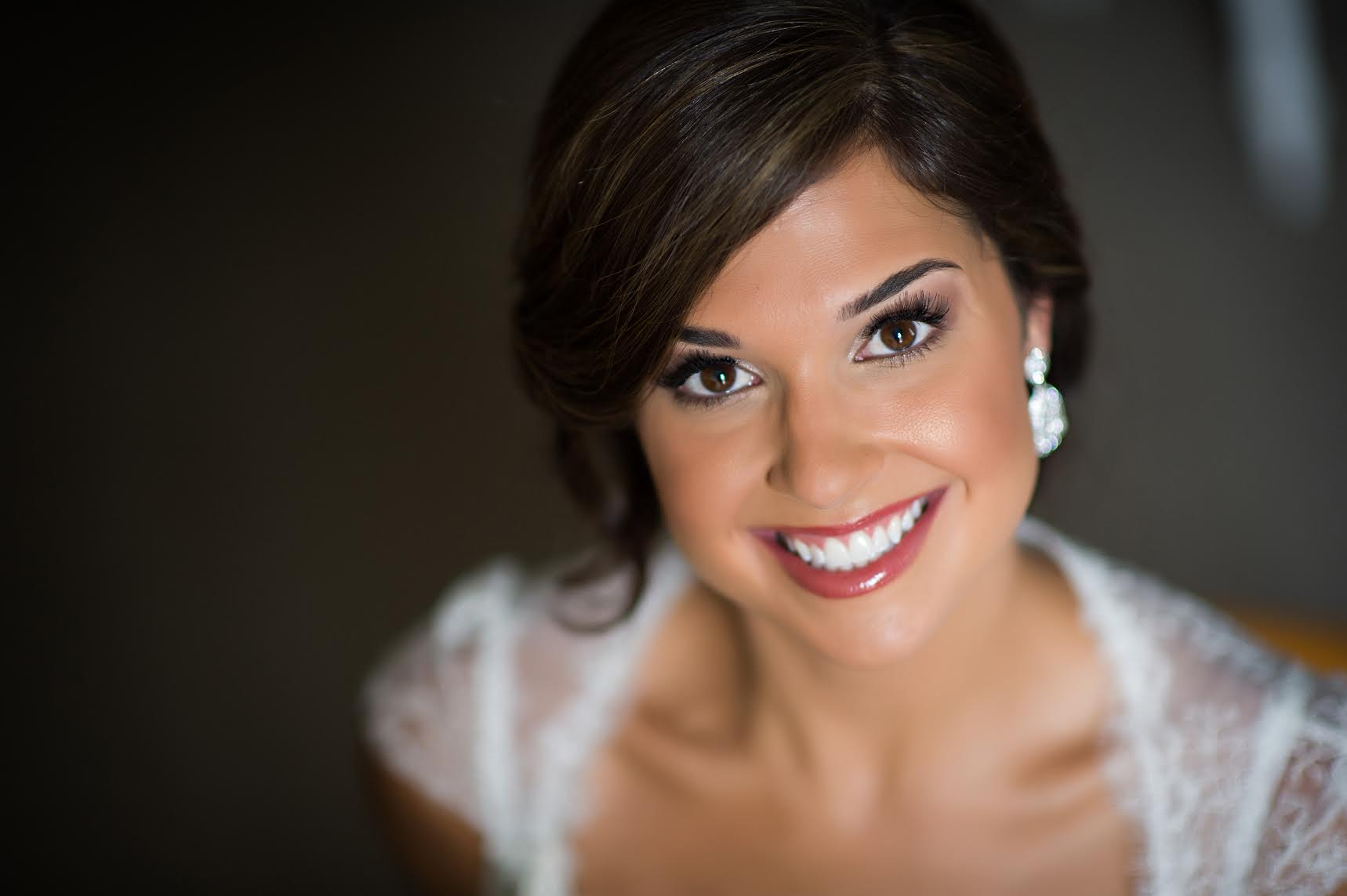 Whether you're getting married, in a wedding, or going to an event,my flawless application is sure to turn heads.