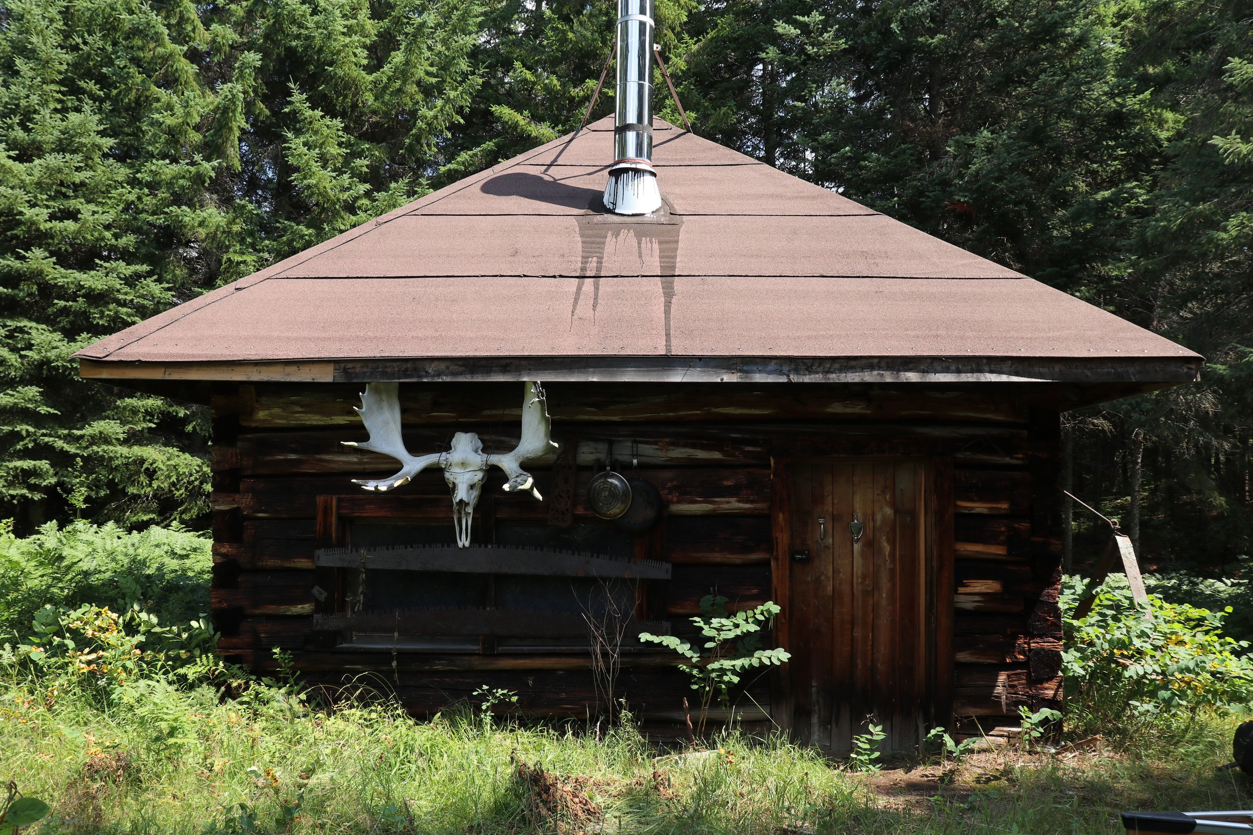 Highview Ranger Cabin along the Nipissing River in Algonquin Park. Wish we could have stayed here…