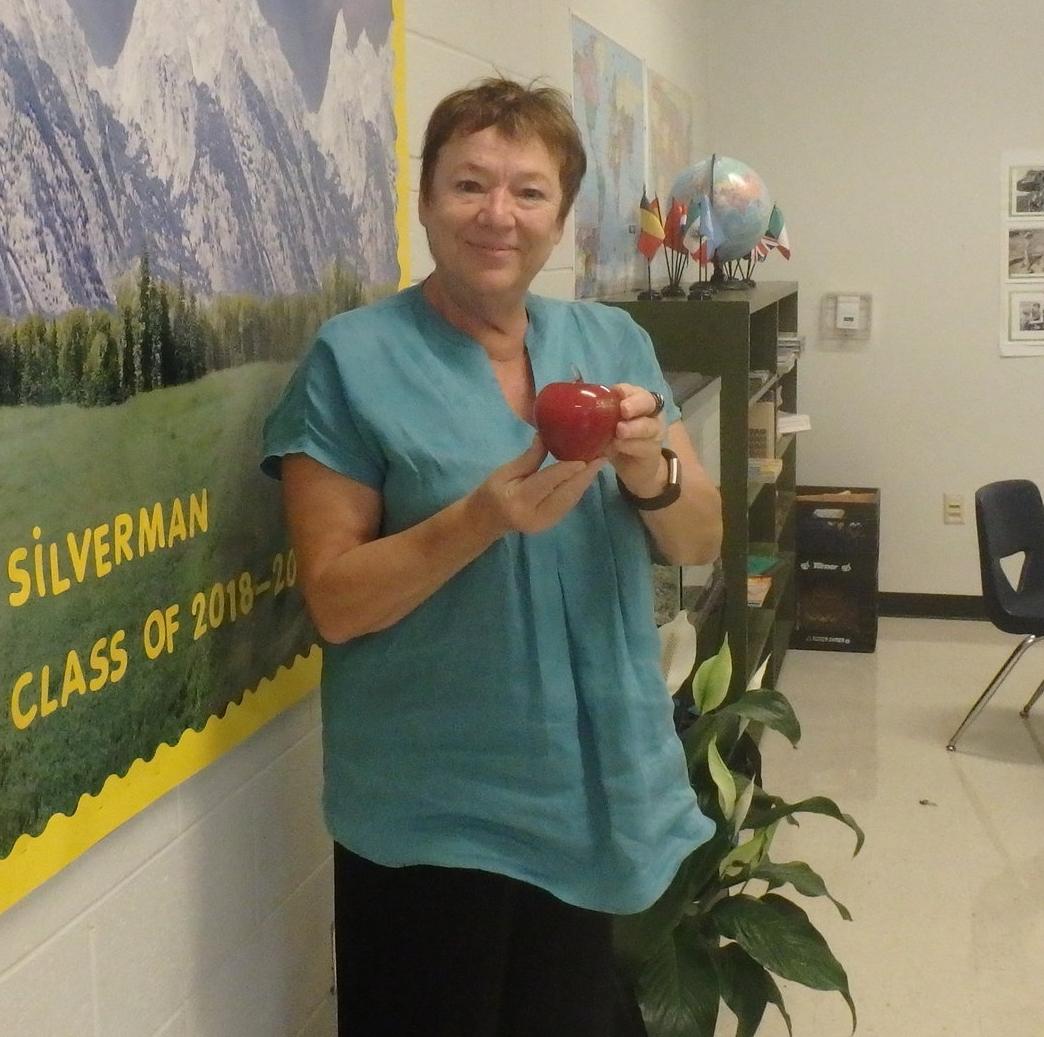 Ms. Silverman Teacher Award.JPG