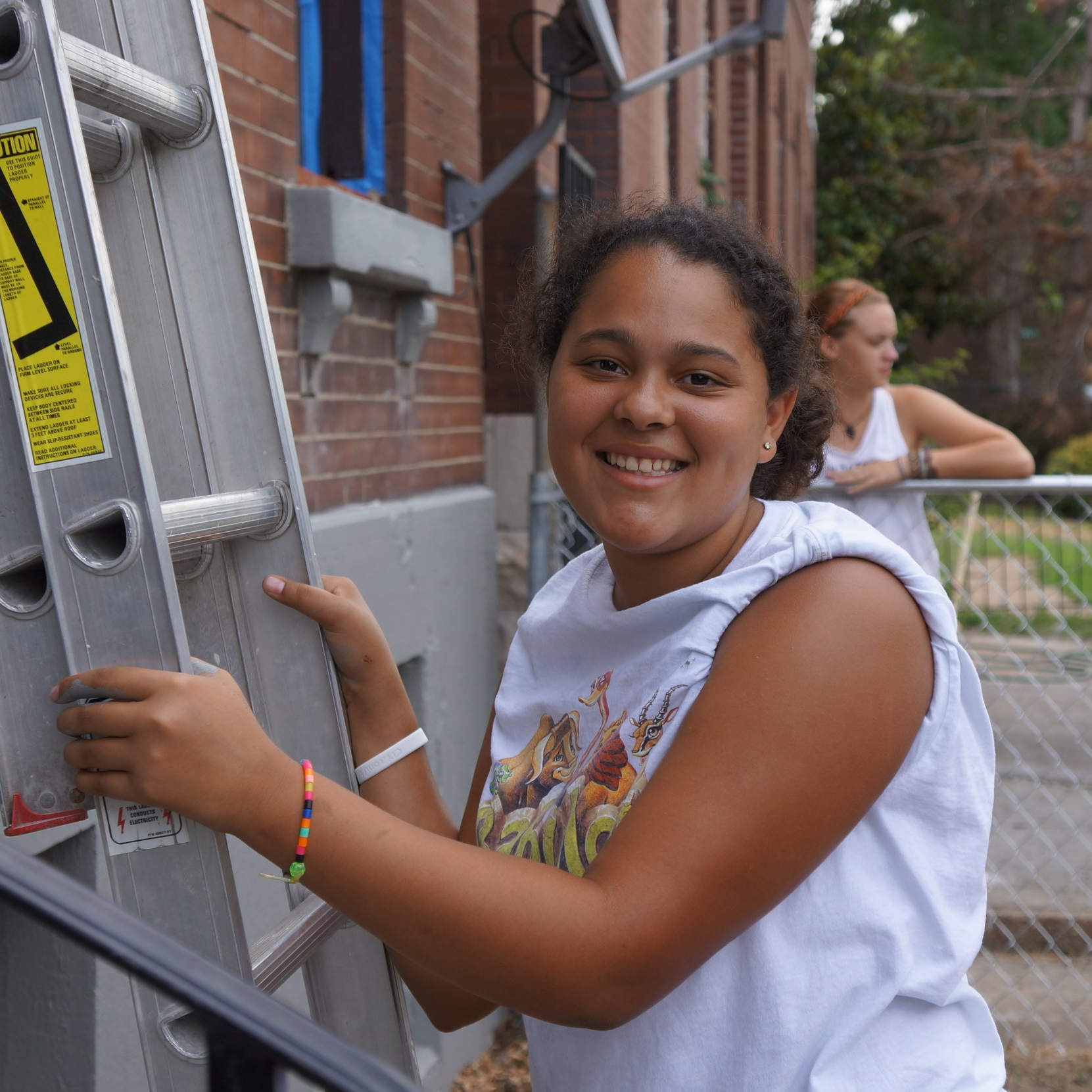 June 2009   300+ volunteers work in Forest Park Southeast