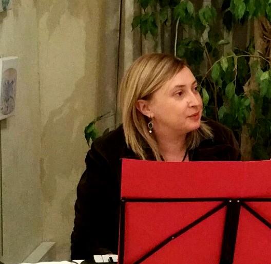 Sofia Iosseliani , pianiste, compositeur, chanteuse professionnelle diplômée du conservatoire de Russie.