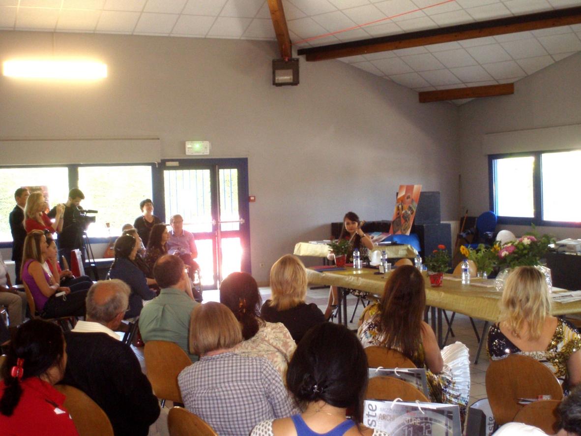 Cérémonie de remise des prix - Rencontre culturelle réunissant les participants venus de différents pays.
