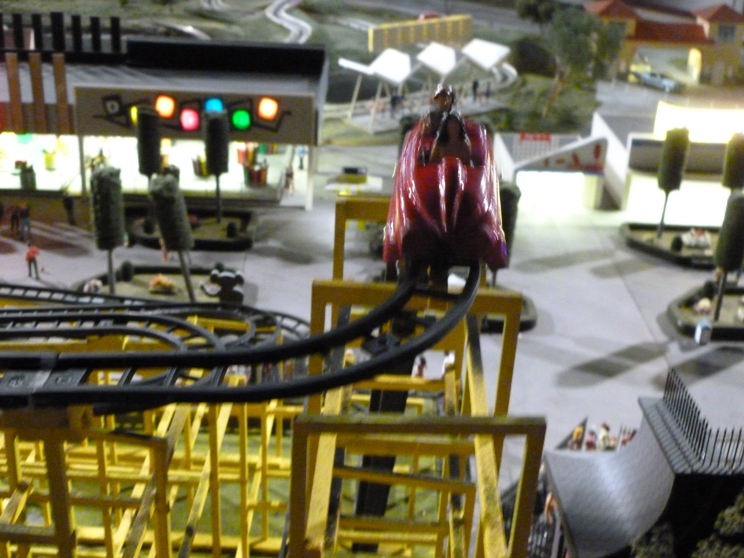 """The Wild Mouse model. I neglected to get any good footage of it operating, but if you do a Goolgle search """"Entertrainment Junction Coney Island Wild Mouse"""" you should be able to locate some."""