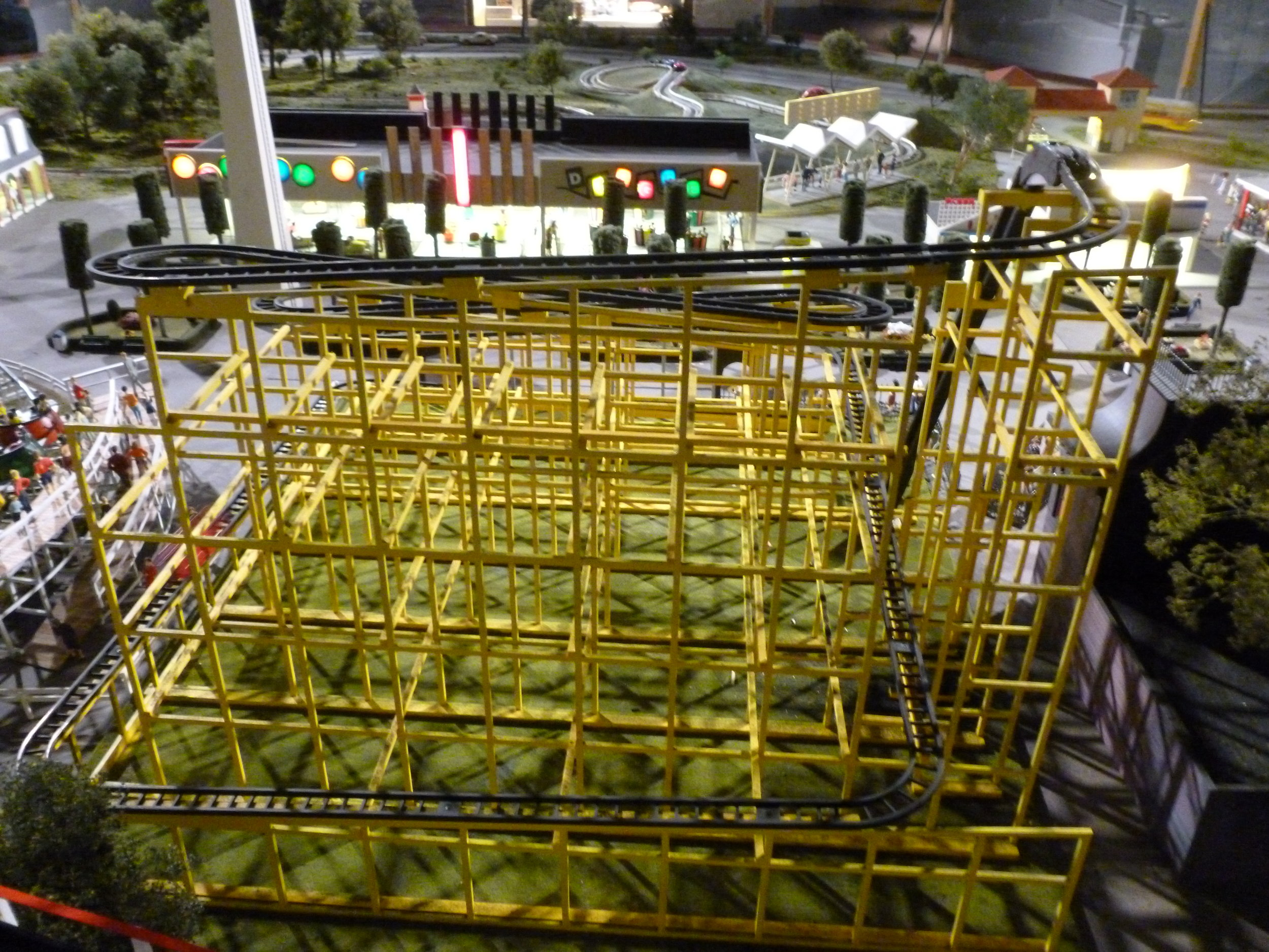 Close up view from the backside of the Wild Mouse Model.