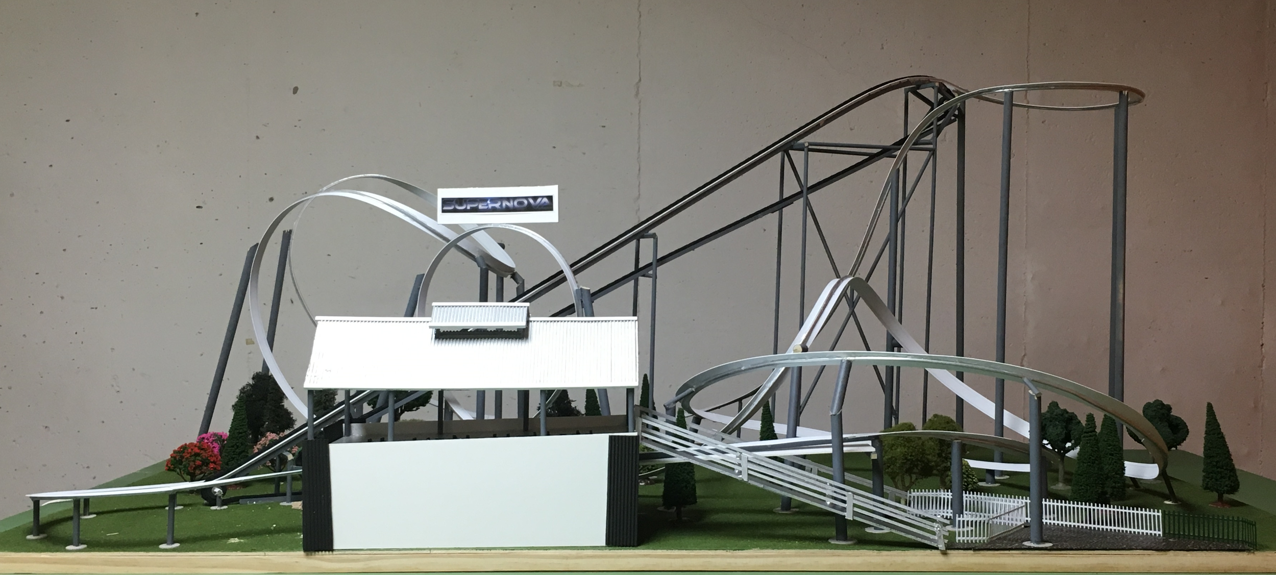 Side view of the model showing the profile.