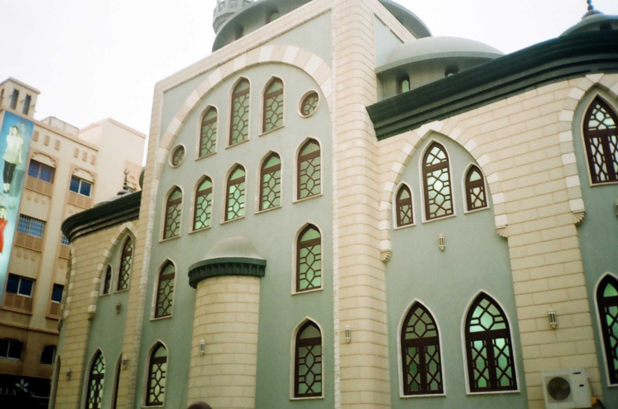 this mosque had the nicest colors