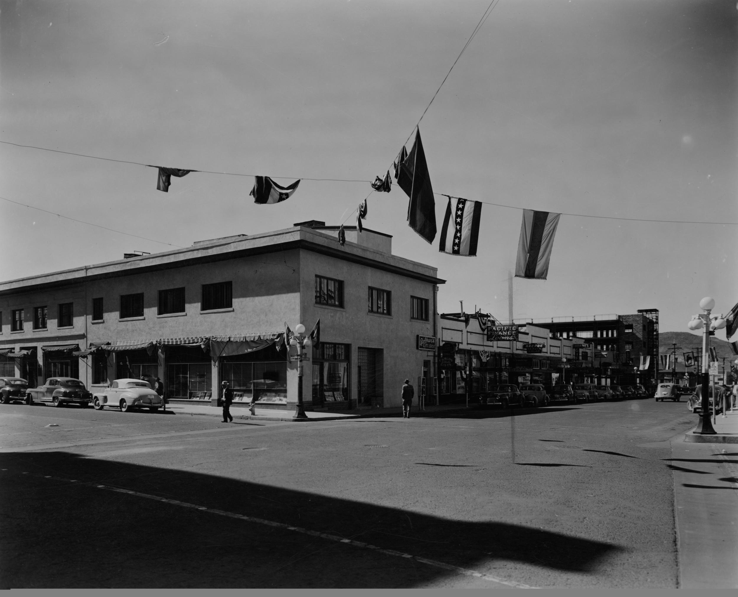 64 Broadway, 1940s.jpg