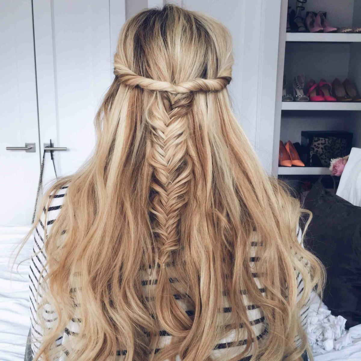 Amber Fillerup's Blog: The Barefoot Blonde, fishtail braid