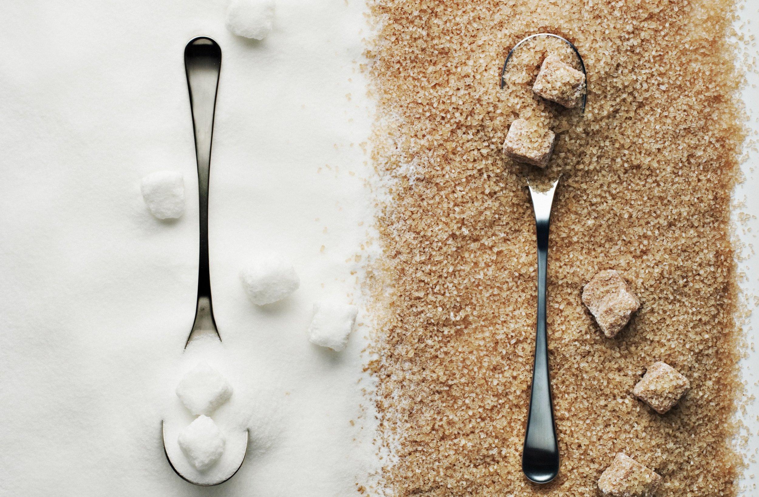 Brown-vs-White-Sugar-1.jpg