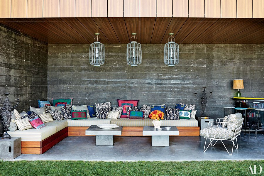 dam-images-daily-2015-04-outdoor-seating-outdoor-entertaining-seating-ideas-01.jpg