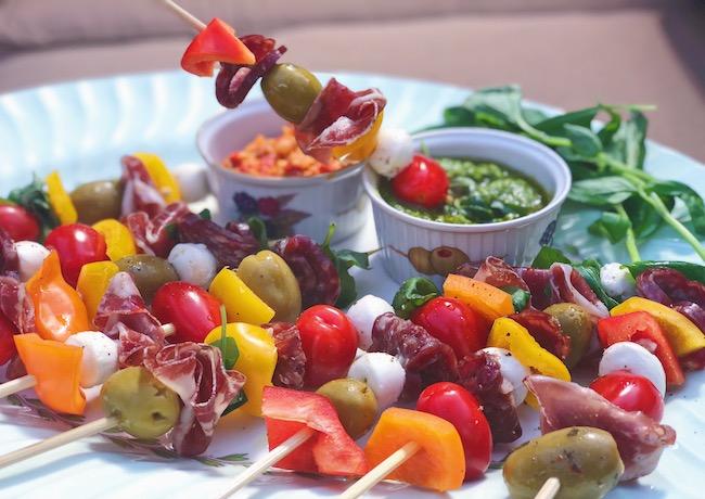 The-Pretty-Feed-Italian-Antipasto-Skewers.jpg