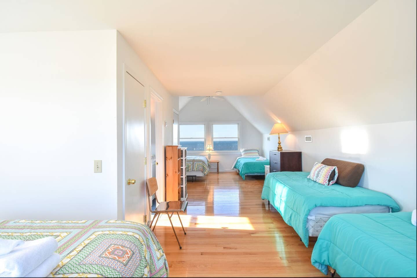 Sky - Sky is a spacious shared (dorm style) room. This room is on the top floor and has the best views in the house!Choose from:Twin Bed: $800Queen bed: $900