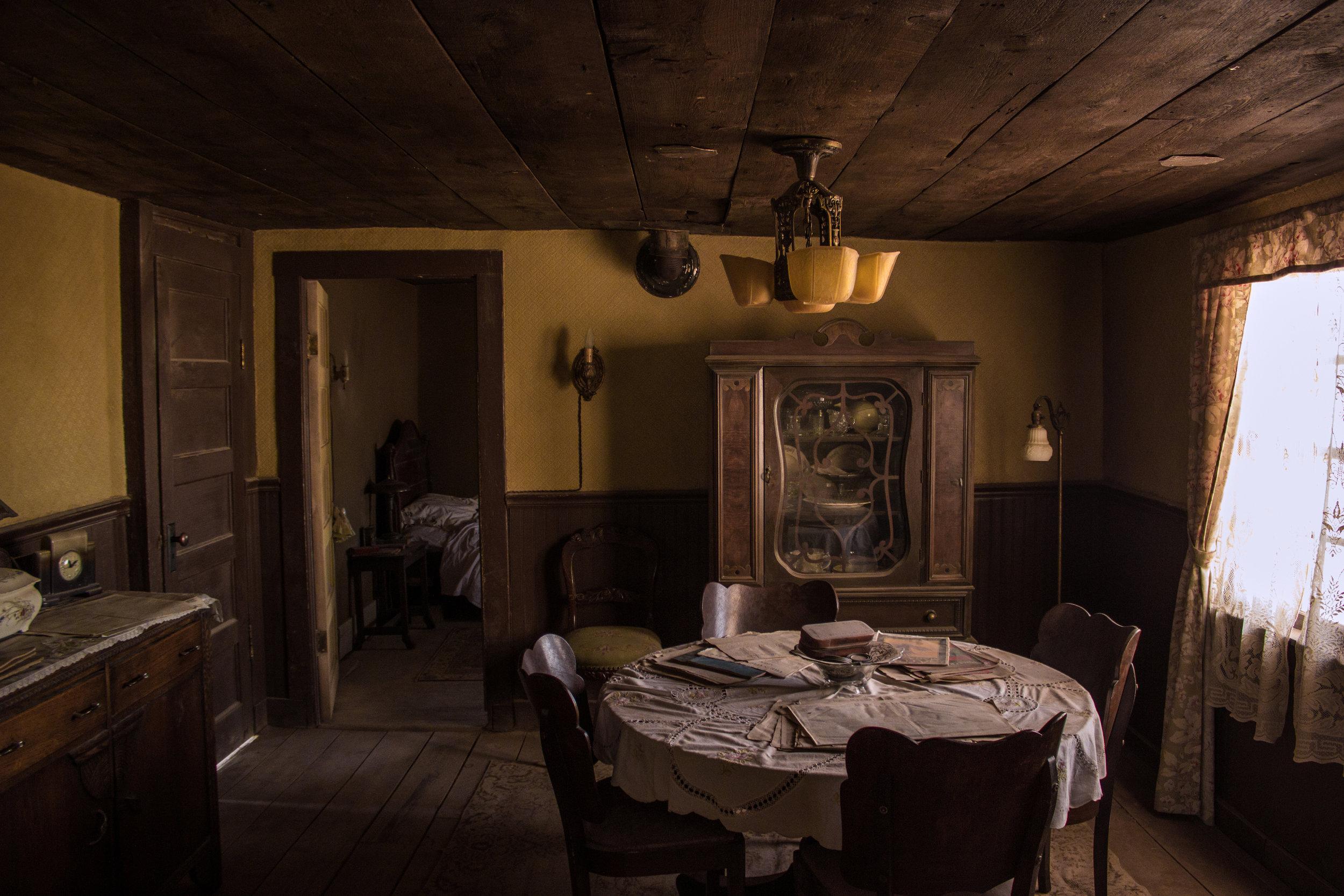 DINING_ROOM-7.jpg