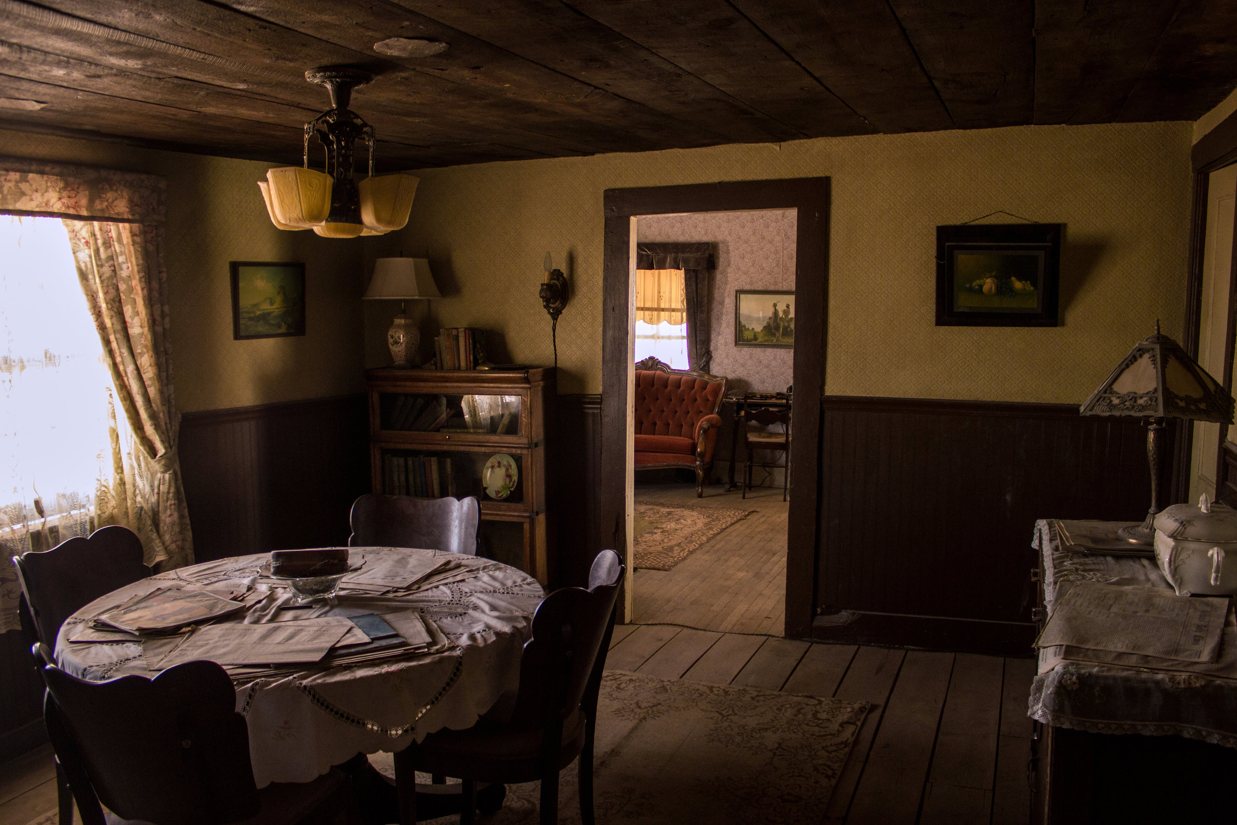 DINING_ROOM-10.jpg