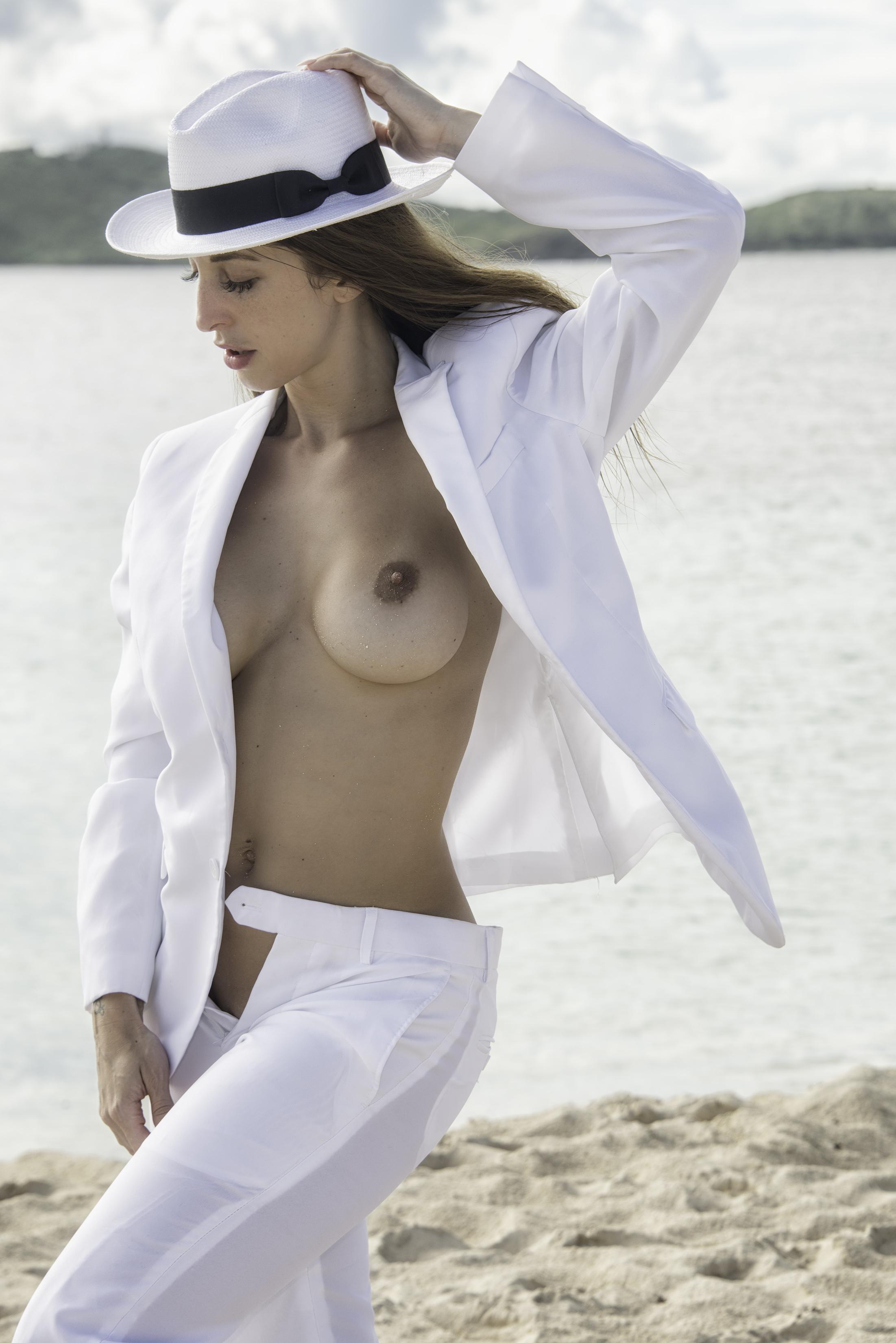 Samantha001.jpg