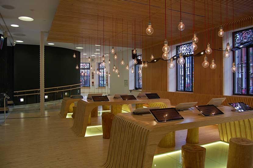 blux-project-bilbao-tourist-office-14.jpg