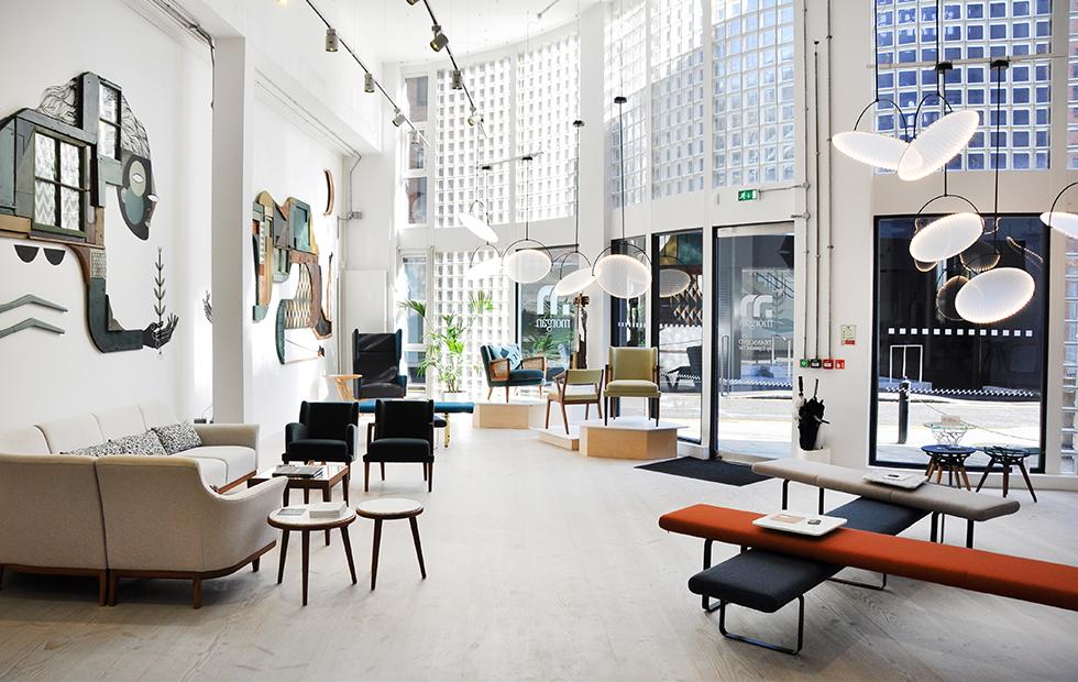 KEPLER-at-Morgan-Furniture-Showroom-2018-5.jpg