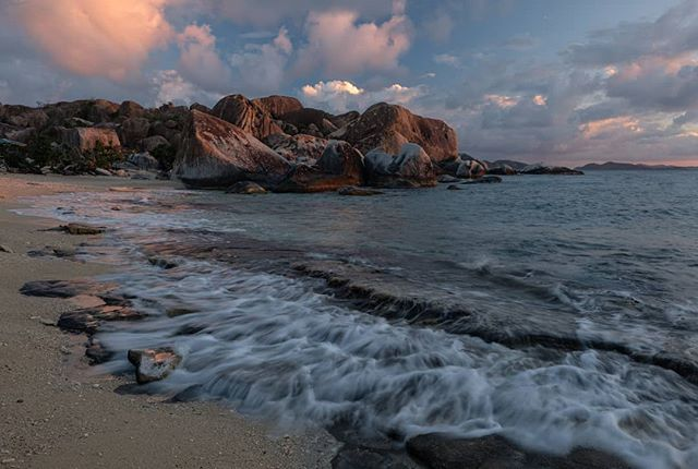 Days almost out. . . Virgin Gorda 2018 . . . . . . .  #naturephoto #main_vision #landscape_captures #awesome_earthpix #natureaddict #rsa_rural #awesomeearth #nature_wizards #gottalove_a_ #allnatureshots #instanaturelover #earth_deluxe #saltlife #staysalty #sealife #water_of_our_world #theglobewanderer #madeofocean #welivetoexplore #thewavecave #ic_water #livingonearth  #fujifeed #myfujifilm #fujixclub #fujiframez #fujifilmxseries #okaymario #catchingup