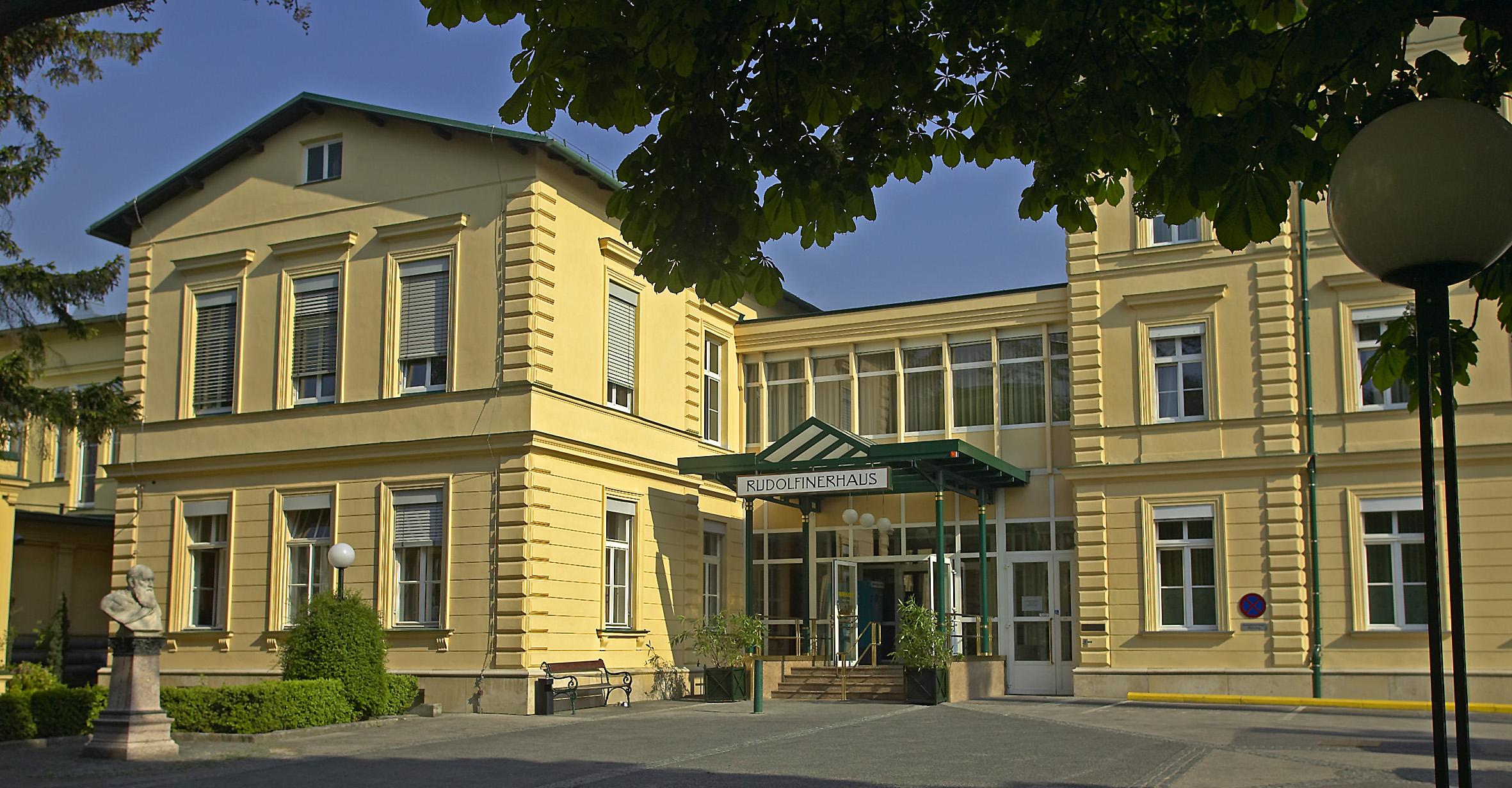Rudolfiner Haus02.jpg