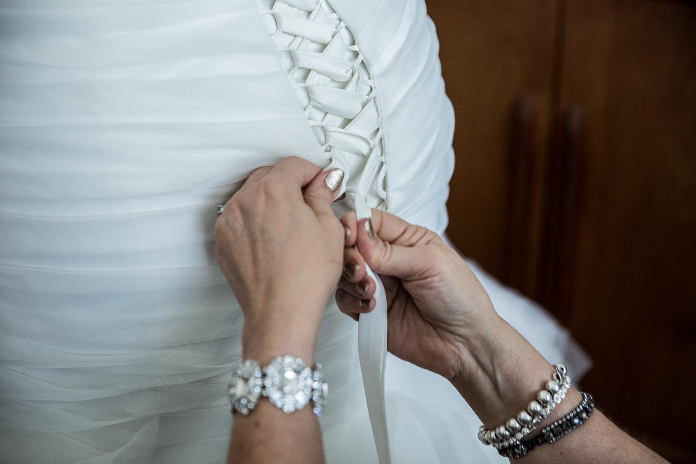 Peter-and-Marie-Wedding-Fontana-Primavera-Graydon-Hall-Manor-Toronto-Ontario-Canada-0009.jpg