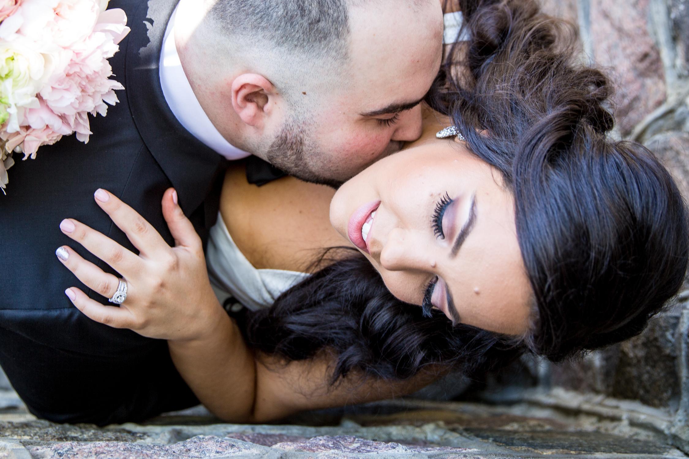 Peter-and-Marie-Wedding-Fontana-Primavera-Graydon-Hall-Manor-Toronto-Ontario-Canada-0015.jpg