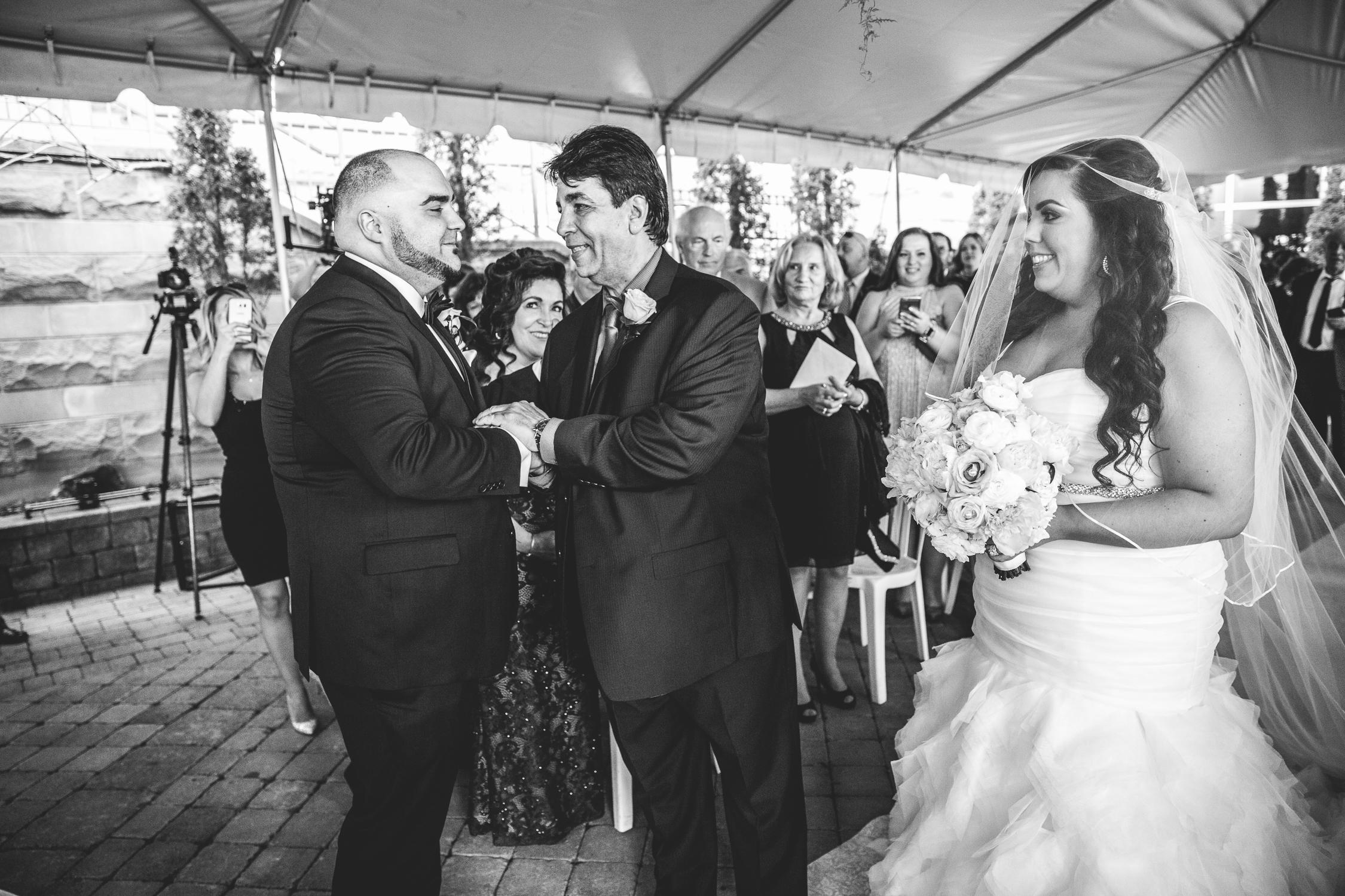 Peter-and-Marie-Wedding-Fontana-Primavera-Graydon-Hall-Manor-Toronto-Ontario-Canada-0037.jpg