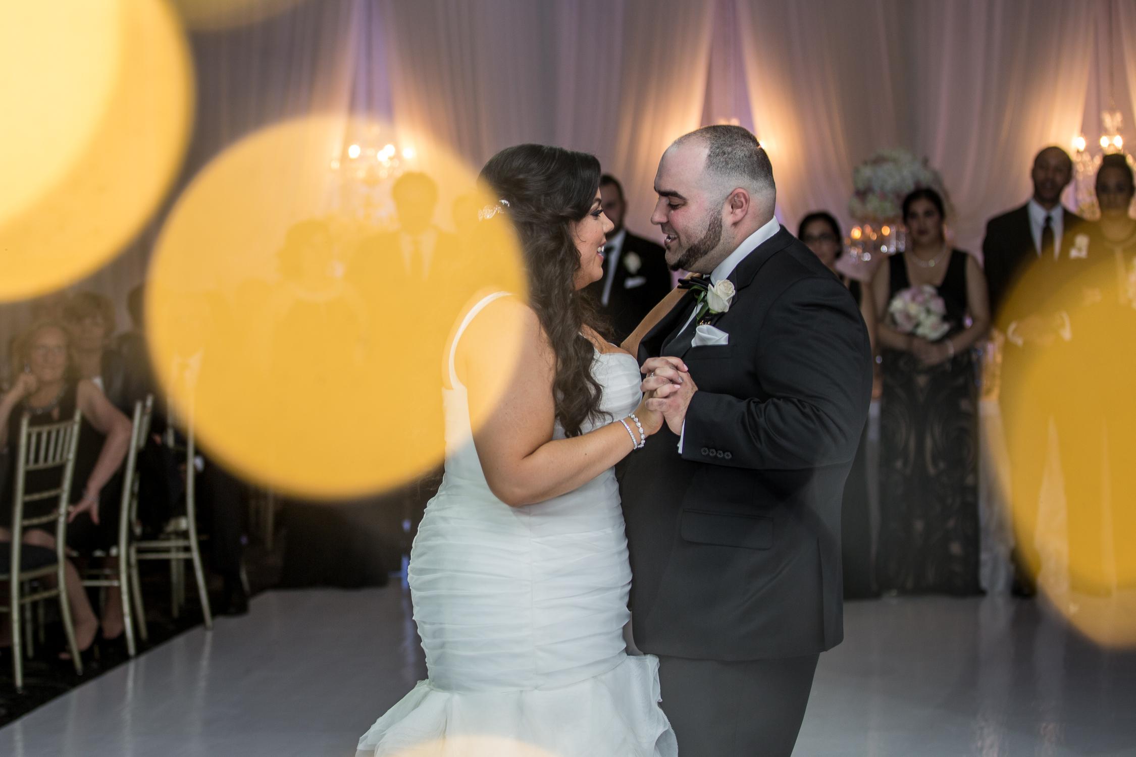 Peter-and-Marie-Wedding-Fontana-Primavera-Graydon-Hall-Manor-Toronto-Ontario-Canada-0046.jpg