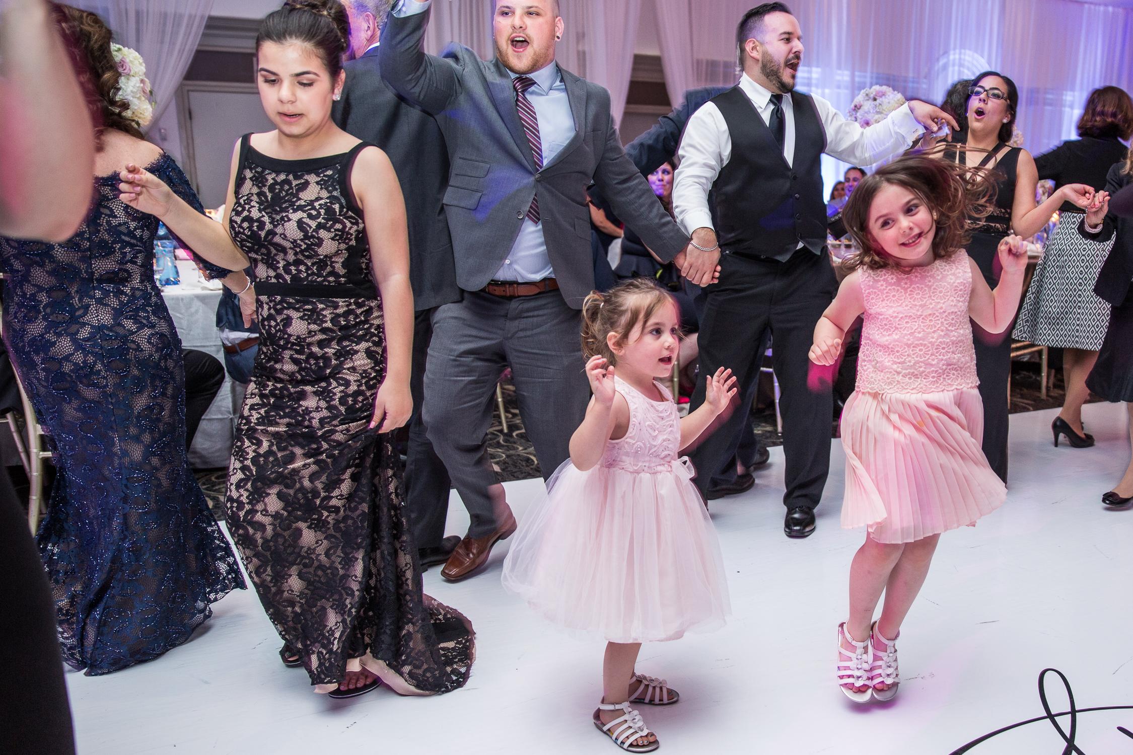 Peter-and-Marie-Wedding-Fontana-Primavera-Graydon-Hall-Manor-Toronto-Ontario-Canada-0050.jpg