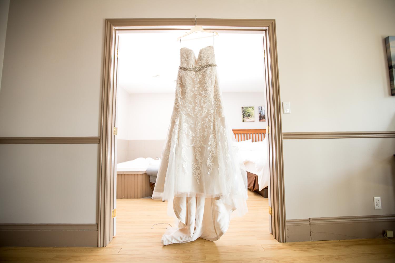 Viamede-Resort-Wedding-Woodview-Ontario-Russ-and-Meg-0003.jpg