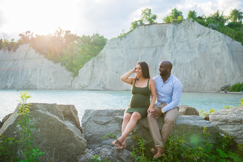 Scarborough-Bluffs-Maternity-Engagement-Shoot-0018.jpg