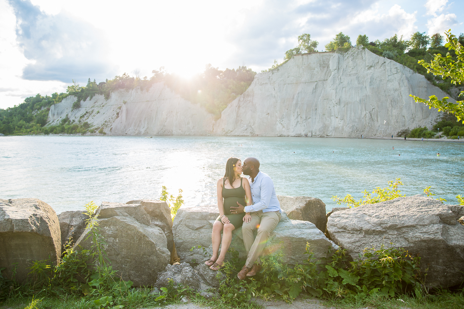Scarborough-Bluffs-Maternity-Engagement-Shoot-0020.jpg