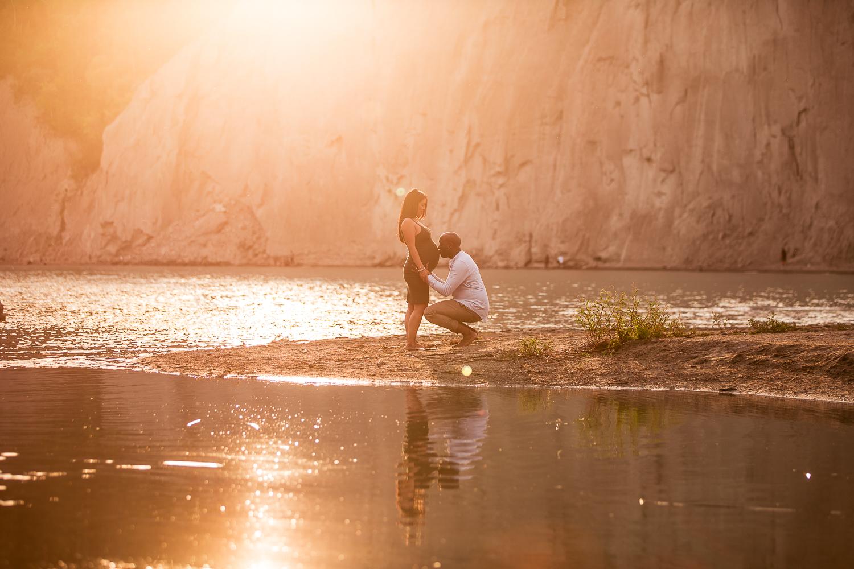Scarborough-Bluffs-Maternity-Engagement-Shoot-0023.jpg