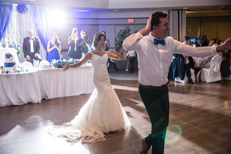 Riviera-Parque-Wedding-Vaughan-Ontario-Derrel-Ho-Shing-Photography-0013.jpg
