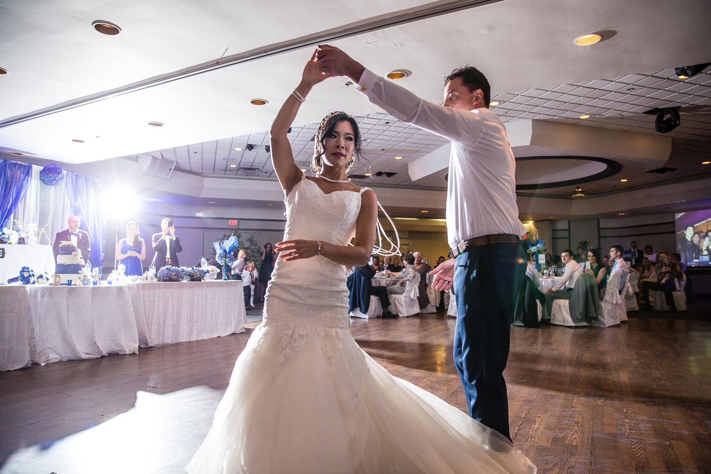 Riviera-Parque-Wedding-Vaughan-Ontario-Derrel-Ho-Shing-Photography-0015.jpg
