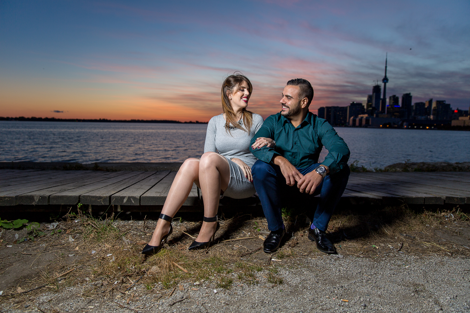 Distillery-District-Polson-Pier-Humber-Bay-Park-Engagement-Photos-0025.jpg