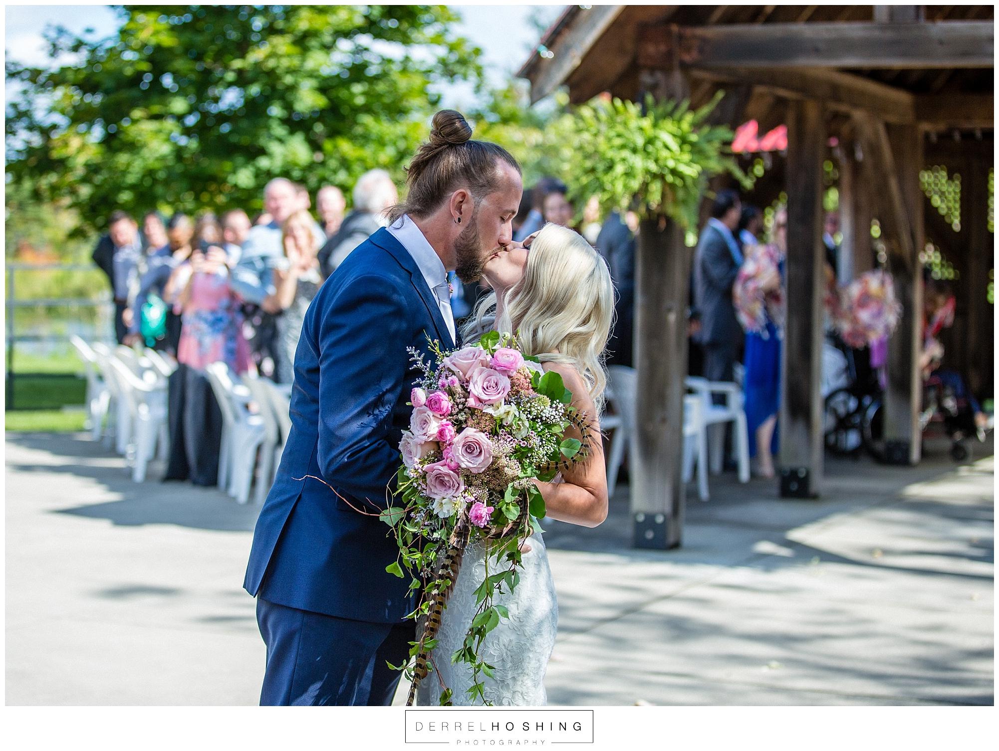 Belcroft-Estates-&-Event-Centre-Wedding-Innisfil-Ontario-0010.jpg