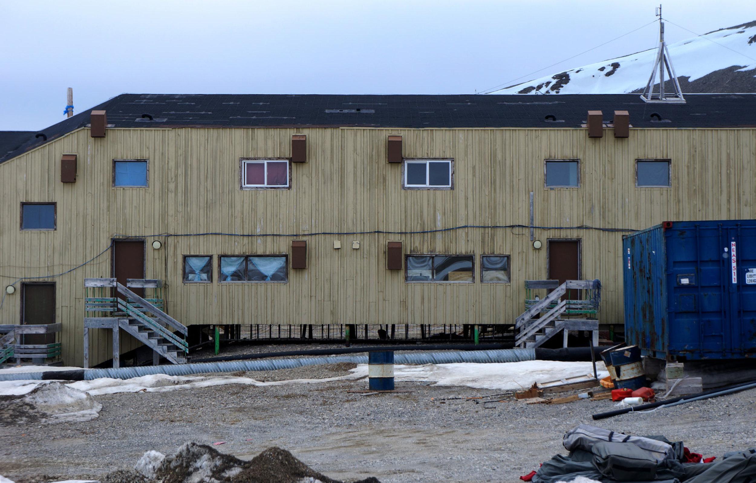 Figure 1: East Facade, South Camp Inn, Resolute Bay, NU