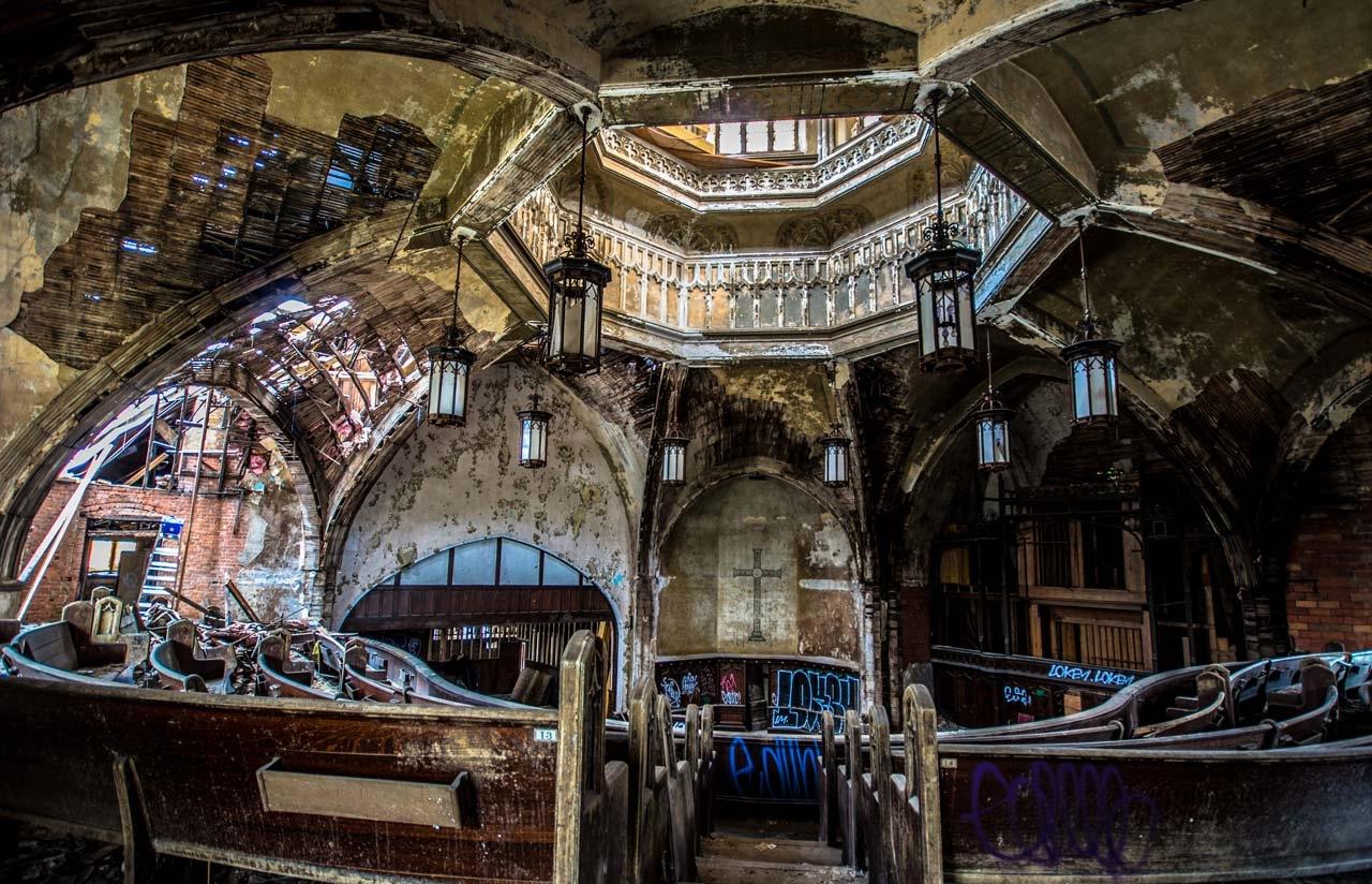 Woodward Church Detroit, Photo by Ioanna Sakellaraki