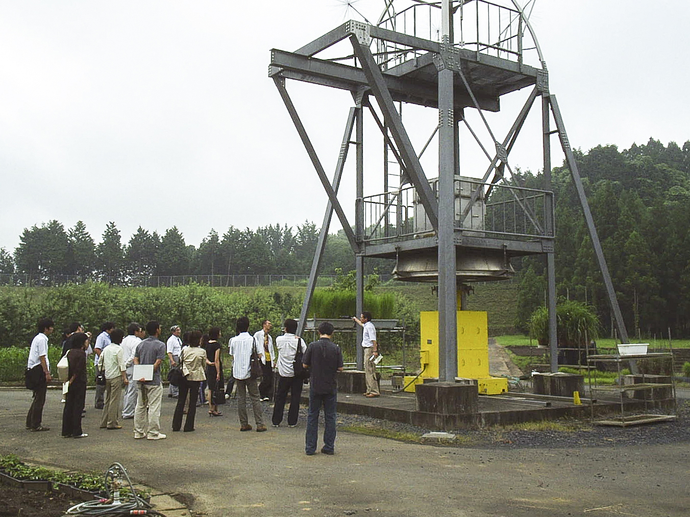 The radiation source is lowered into the ground using a mechanical gantry to allow safe access to the field, 2016. Photograph by Govinda Rizal