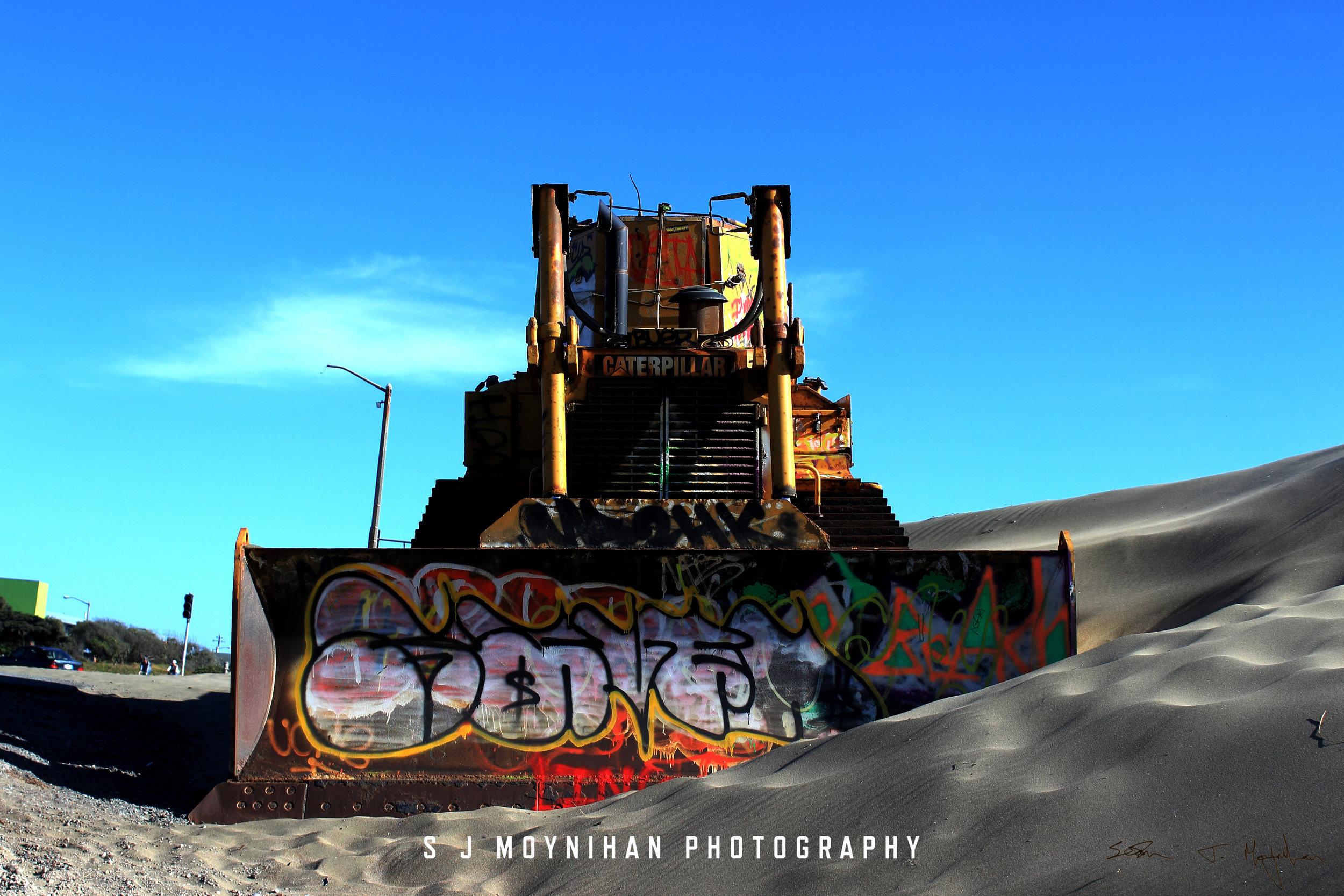 Graffiti-Caterpillar-Signature.jpg