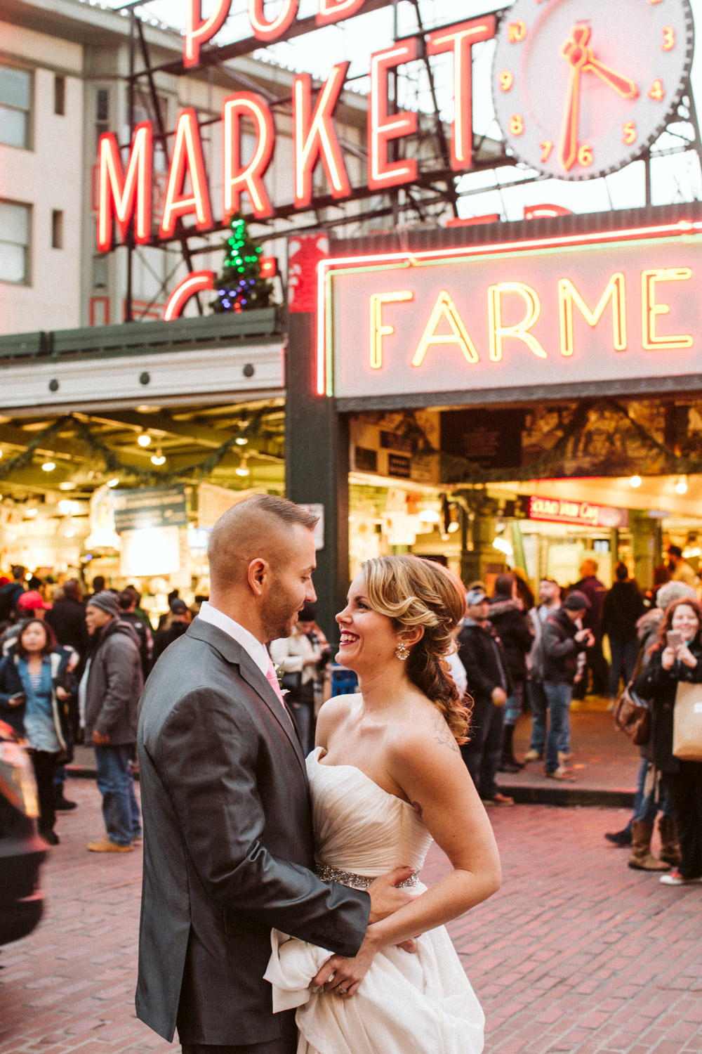 Pike Place Market Seattle Wedding Photography by Reese Ferguson