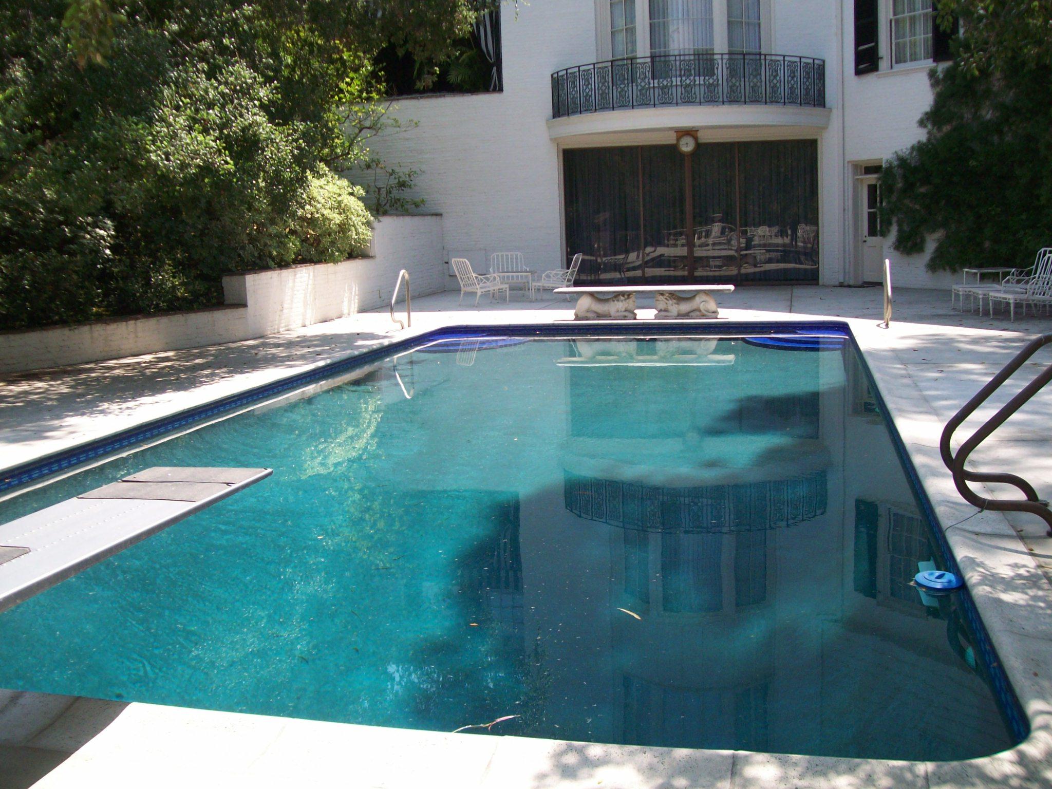 pool0133.jpg