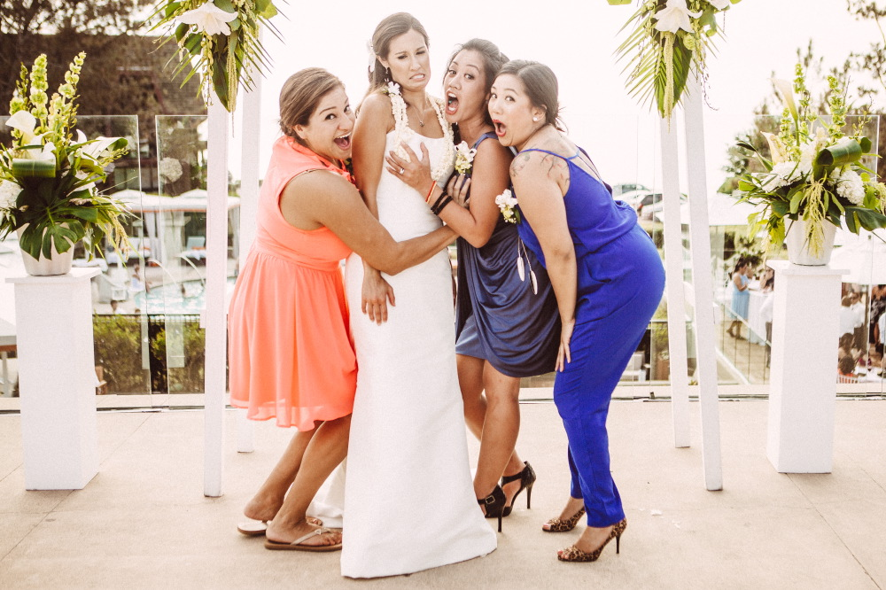 san   diego wedding photographer | bride and bridesmaids posing wacky for picture