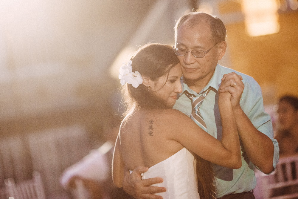 san   diego wedding photographer | bride about to cry dancing with father on dance   floor